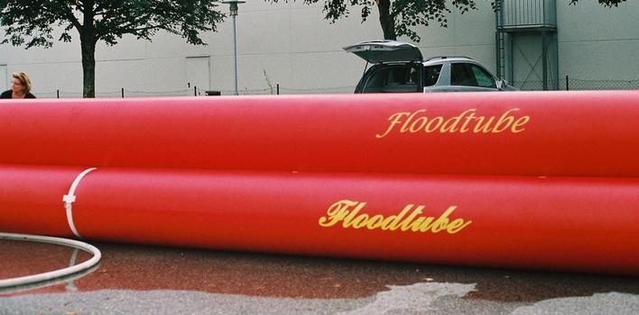 Hochwasserschutzdeich Floodtube-System