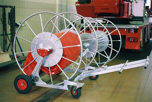 Lagerung der Trommel auf Transportwagen