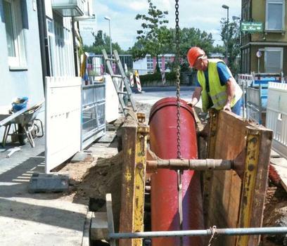 Die Verlegung der 230 Meter langen Druckleitung erfolgte in offener Bauweise