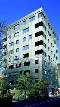 Murray Grove, London: acht Geschosse aus Massivholz