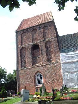 Kirchturm von Suurhusen (Ansicht von Süden)