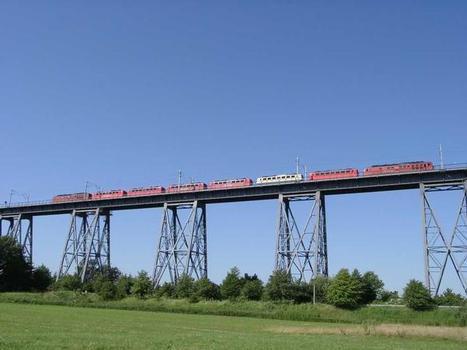 Lokomotivverband auf der Rampenbrücke Rendsburg [4]