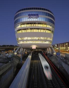 Fernbahnhof und Multifunktionsimmobilie in Einem