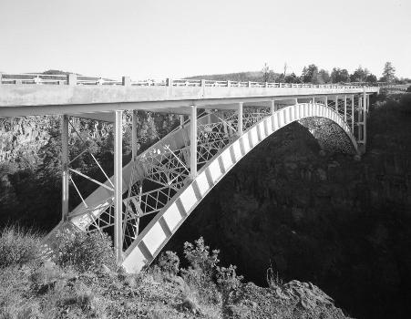 Cedar Canyon Bridge, Spanning Cedar Canyon at Highway 60, Show Low vicinity, Navajo County, AZ (HAER, ARIZ,9-SHLO.V,1-7)