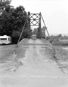 HAER: Winkley Bridge, Spanning Little Red River adjacent to State Highwa, Heber Springs, Cleburne County, AR  (HAER, ARK,12-HESP,1-1)