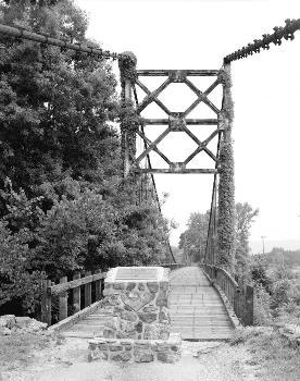 HAER: Winkley Bridge, Spanning Little Red River adjacent to State Highwa, Heber Springs, Cleburne County, AR  (HAER, ARK,12-HESP,1-3)