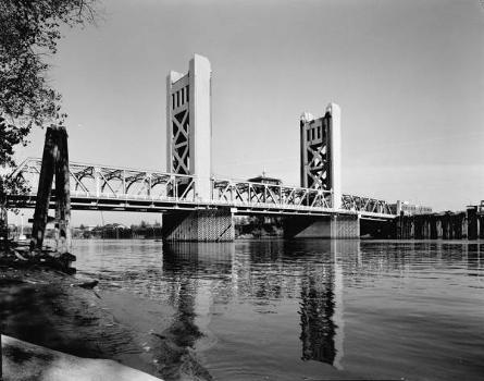 Tower Bridge, Sacramento. (HAER, CAL,34-SAC,58-8)