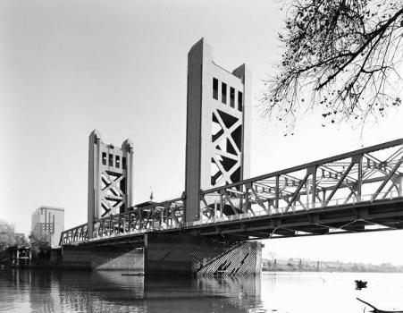Tower Bridge, Sacramento. (HAER, CAL,34-SAC,58-5)
