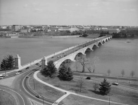 Arlington Memorial Bridge. (HAER, DC,WASH,563-20)