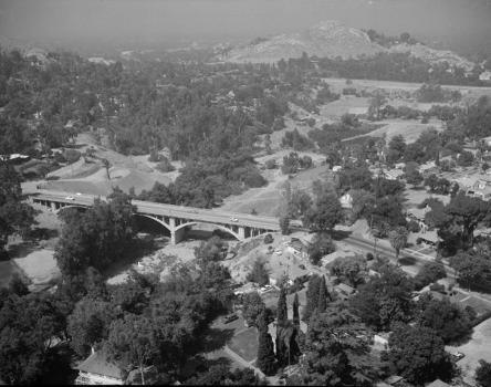 Victoria Bridge, Riverside, California (HAER, CAL,33-RIVSI,5-1)