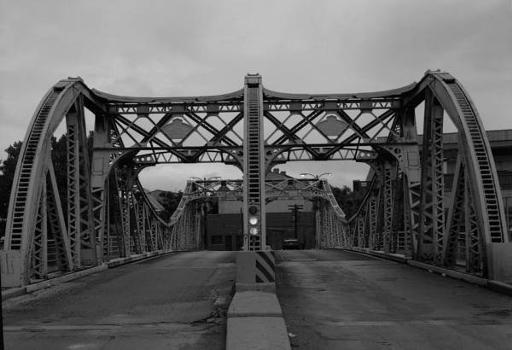 West Cortland Street Bascule Bridge, Chicago. (HAER, ILL, 16-CHIG, 136-2)
