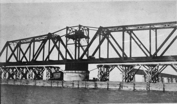 Moser Channel Bridge (HAER, FLA,44-KNIKE,1-35)