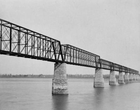 Cairo Bridge, Cairo, Illinois. (HAER, ILL,77-CAIRO,1-2)