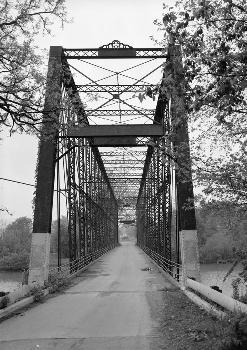Laughery Creek Bridge, Spanning Laughery Creek, Aurora vicinity, Dearborn County, IN (HAER, IND,15-AUR.V,1-3)
