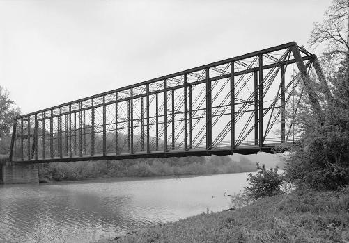 Laughery Creek Bridge, Spanning Laughery Creek, Aurora vicinity, Dearborn County, IN (HAER, IND,15-AUR.V,1-4)