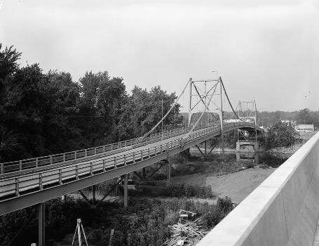 Hutsonville Bridge (HAER IND,77-GRAY.V,1-3)