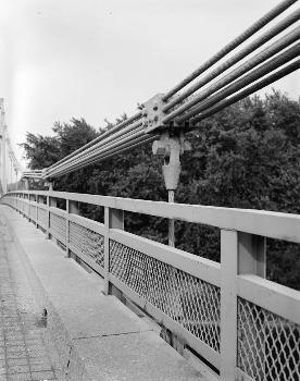 Hutsonville Bridge (HAER IND,77-GRAY.V,1-16)