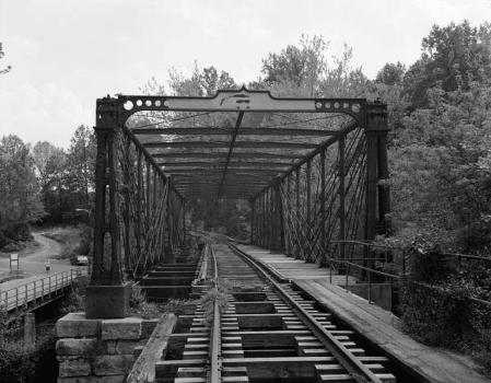 Bollman Truss Bridge. (HAER, MD,14-SAV,1-;DLC/PP-99:MD-24)