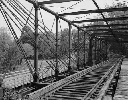 Bollman Truss Bridge. (HAER, MD,14-SAV,1-;DLC/PP-99:MD-210)