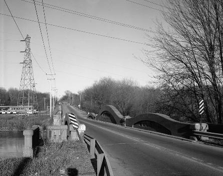 Mosel Avenue Bridge, Kalamazoo, Michigan, USA (HAER, MICH,39-KALAM,2-4)