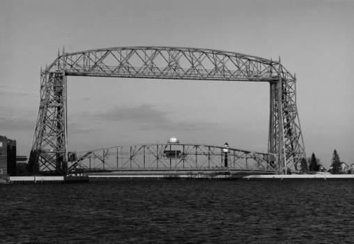 Aerial Lift Bridge : South elevation of bridge with one section down   (HAER, MINN,69-DULU,9-5)