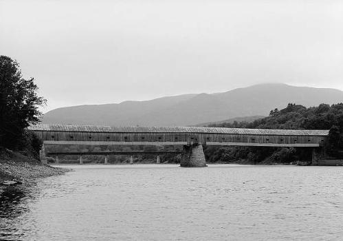 Cornish-Windsor Covered Bridge. (HAER, NH,10-CORN,2-1)