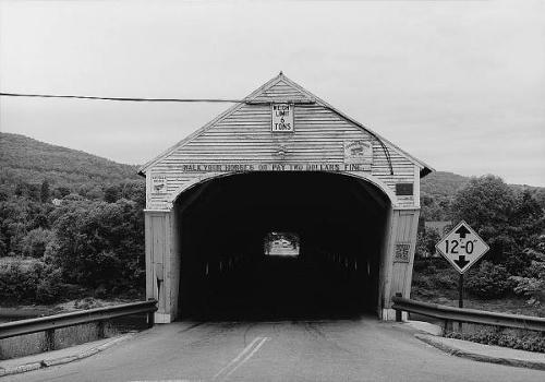 Cornish-Windsor Covered Bridge. (HAER, NH,10-CORN,2-4)