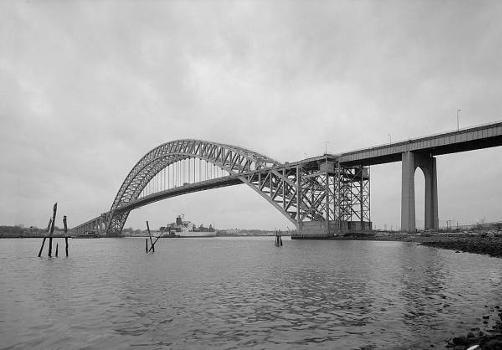 Bayonne Bridge. General view looking southwest.   (HAER, NJ,9-BAYO,1-1)