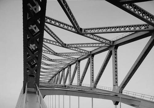 Bayonne Bridge. Detail of arch superstructure from south end of bridge.   (HAER, NJ,9-BAYO,1-7)
