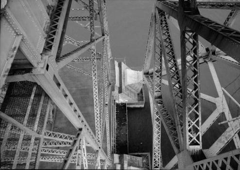 Bayonne Bridge. (HAER, NJ,9-BAYO,1-8)