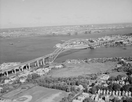 Bayonne Bridge. (HAER, NJ,9-BAYO,1-11)