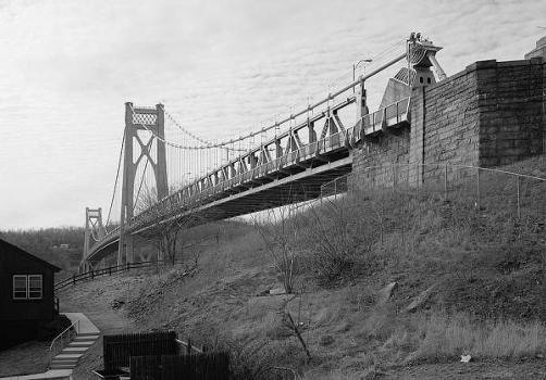 Mid-Hudson Bridge (HAER, NY,14-POKEP,7-;DLC/PP-97:NY-21)