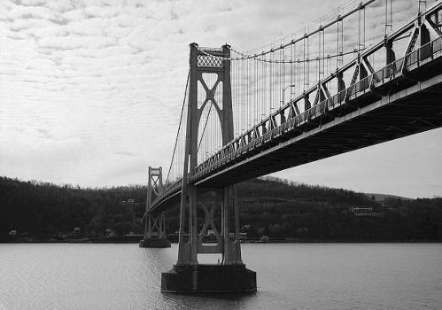Mid-Hudson Bridge (HAER, NY,14-POKEP,7-;DLC/PP-97:NY-22)