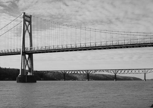 Mid-Hudson Bridge (HAER, NY,14-POKEP,7-;DLC/PP-97:NY-23)