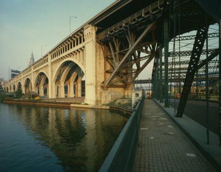Detroit Superior High Level Bridge. (HAER, OHIO,18-CLEV,22-26)