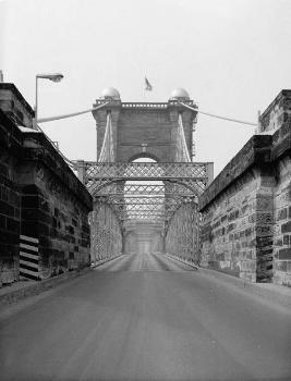 Cincinnati Suspension Bridge. (HAER, OHIO,31-CINT,45-5)