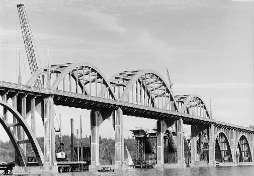 Alsea Bay Bridge (1936). (HAER, ORE,21-WALPO,1-8)
