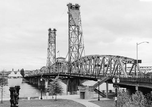 Hawthorne Bridge, Portland, Oregon. (HAER, ORE,26-PORT,10-3)