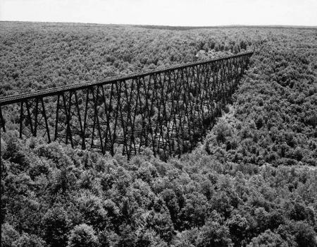 Kinzua Viaduct (1900). (HAER, PA,42-MOJEW.V,1-8)