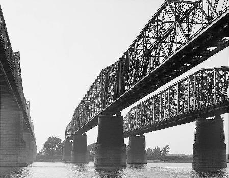 Memphis Bridge, Memphis, Tennessee (HAER, TENN,79-MEMPH,19-3)