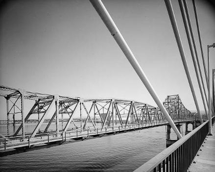 Pasco-Kennewick Bridge. (HAER, WASH,11-PASC,1-2)