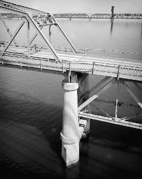 Pasco-Kennewick Bridge. (HAER, WASH,11-PASC,1-4)