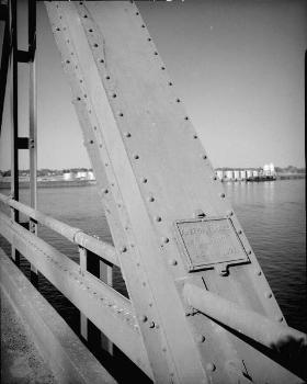 Pasco-Kennewick Bridge. (HAER, WASH,11-PASC,1-7)