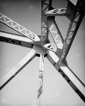 Pasco-Kennewick Bridge. (HAER, WASH,11-PASC,1-8)