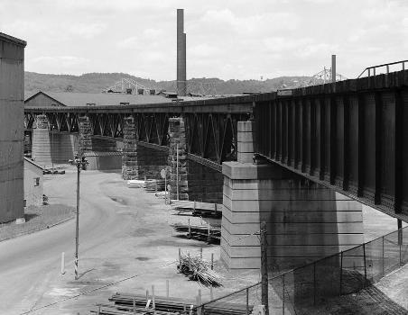 Benwood Bridge : Baltimore & Ohio Railroad, Benwood Bridge, Benwood, Marshall County, WV  (HAER, WVA,26-BEN,1-3)