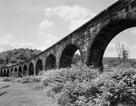 Benwood Bridge : Baltimore & Ohio Railroad, Benwood Bridge, Benwood, Marshall County, WV  (HAER, WVA,26-BEN,1-4)