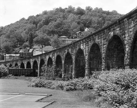 Benwood Bridge : Baltimore & Ohio Railroad, Benwood Bridge, Benwood, Marshall County, WV  (HAER, WVA,26-BEN,1-5)