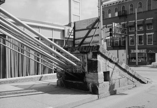 Wheeling Suspension Bridge, Spanning East channel of Ohio River at U.S. Route, Wheeling, Ohio County, WV (HAER, WVA,35-WHEEL,35-43)