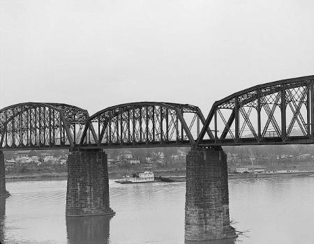 Baltimore & Ohio Railroad Bridge, Parkersburg, West Virginia (HAER, WVA,54-PARK,2-12)
