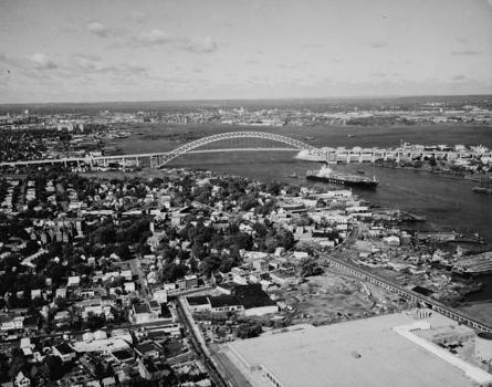Bayonne Bridge. (HAER, NJ,9-BAYO,1-12)